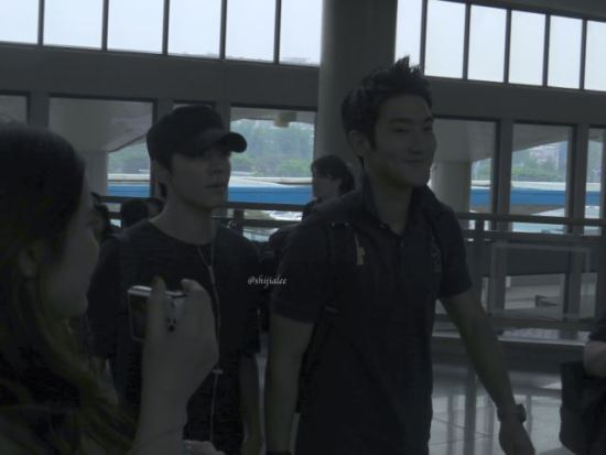 130526-super-junior-at-gimpo-airport-to-busan-by-shijialee-1