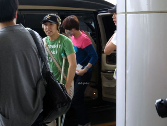 130526-super-junior-at-gimpo-airport-to-busan-by-shijialee-19