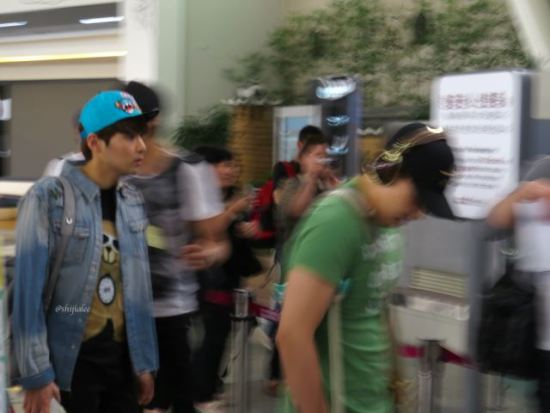 130526-super-junior-at-gimpo-airport-to-busan-by-shijialee-24