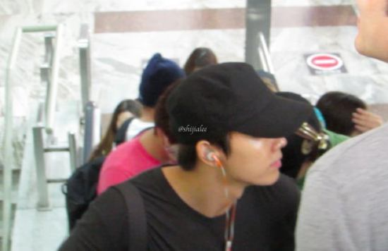 130526-super-junior-at-gimpo-airport-to-busan-by-shijialee-43